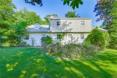 Rockland County Single Family Home For Sale: 4 Holland Lane