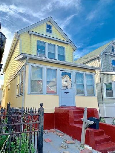 Single Family Home For Sale: 4635 Bronx Boulevard