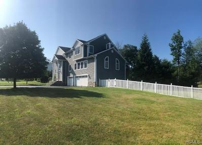 Monroe Single Family Home For Sale: 49 Winchester Drive