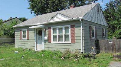 Middletown Single Family Home For Sale: 45 Benjamin Avenue