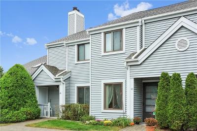 Condo/Townhouse For Sale: 85 Lake Ridge Cove