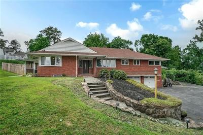 Newburgh Single Family Home For Sale: 3 Balmville Road