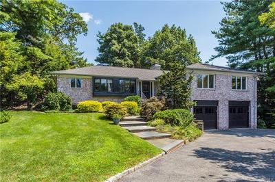 Bronxville Single Family Home For Sale: 25 Oakledge Road