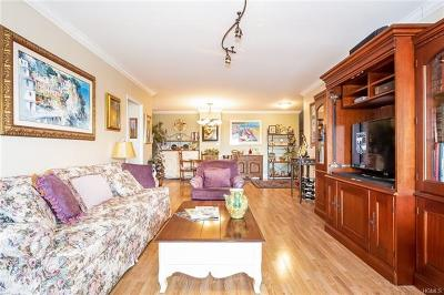 Riverdale Co-Operative For Sale: 5900 Arlington Avenue #8C