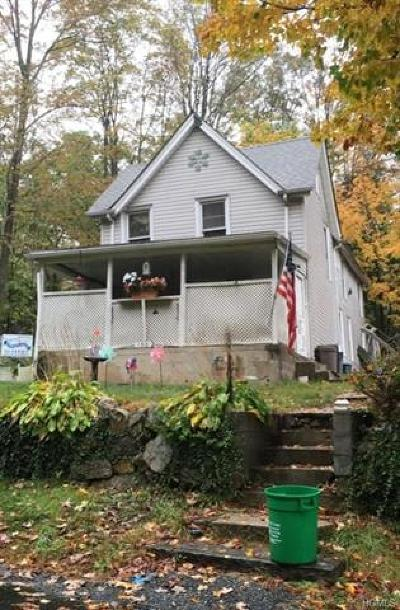 Rockland County Single Family Home For Sale: 136 6th Street