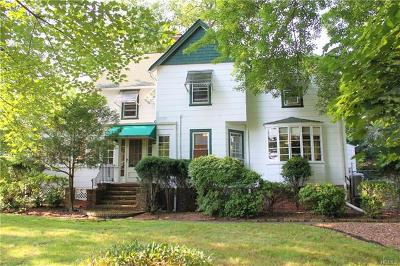 Nanuet Single Family Home For Sale: 1 Duryea Place