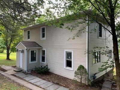 Monroe Single Family Home For Sale: 308 Lakes Road
