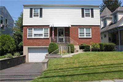 Yonkers Single Family Home For Sale: 11 Greenvale Avenue