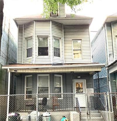 Multi Family 2-4 For Sale: 2657 Briggs Avenue