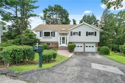 Westchester County Single Family Home For Sale: 6 Franklin Court