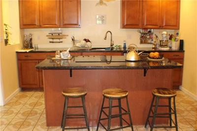 Single Family Home For Sale: 469 Eatontown Road