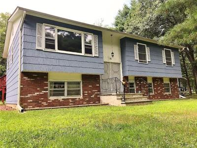 Single Family Home For Sale: 10 Marlec Drive