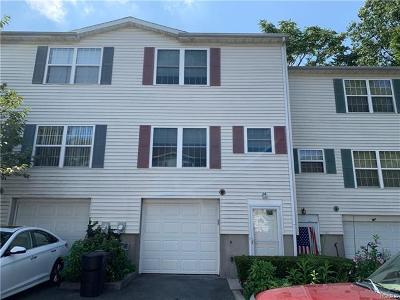 Port Chester Condo/Townhouse For Sale: 15 Sand Street