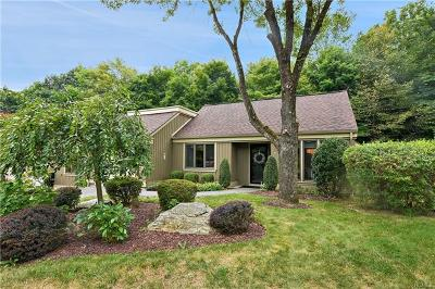 Somers Condo/Townhouse For Sale: 601 Heritage Hills #D