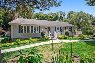 Putnam County Single Family Home For Sale: 22 Out Of The Woods Lane