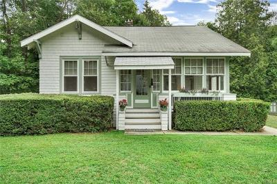 Cortlandt Manor Single Family Home For Sale: 93 Trolley Road
