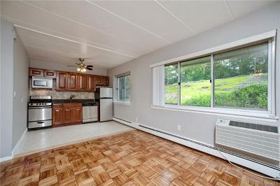 Scarsdale Co-Operative For Sale: 370 Central Park Avenue #2T