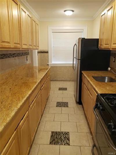 Mount Vernon Rental For Rent: 80 West Grand Street #D2