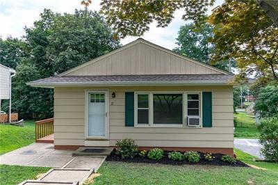 New Windsor Single Family Home For Sale: 21 Walnut Street