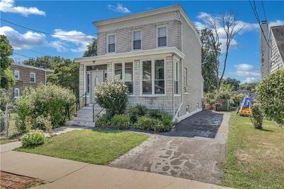 Newburgh Single Family Home For Sale: 65 Maple Street