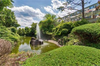 Scarsdale Co-Operative For Sale: 2 Fountain Lane #1D