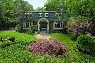 Chappaqua Single Family Home For Sale: 52 Old Lyme Road