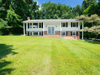 Putnam County Single Family Home For Sale: 24 Hilda Drive