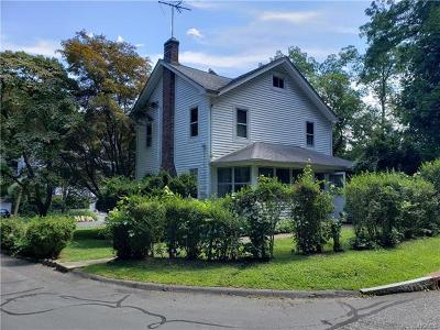 White Plains Single Family Home For Sale: 107 Valley Road