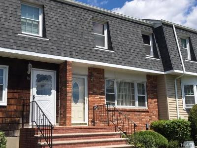 Spring Valley Condo/Townhouse For Sale: 14 Gladys Drive