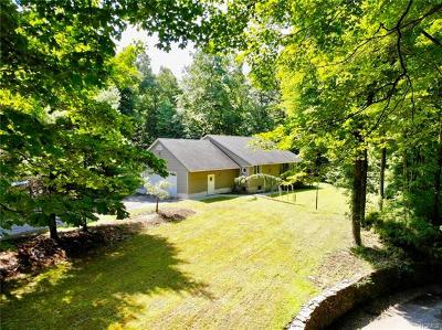 Monroe Single Family Home For Sale: 222 Old Dutch Hollow Road
