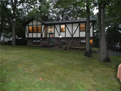 Monroe Single Family Home For Sale: 139 Lake Region Boulevard