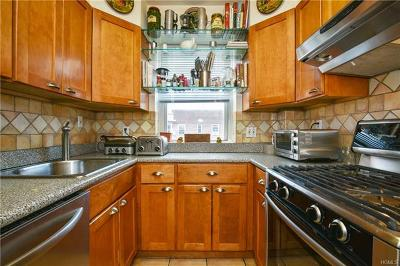 Scarsdale Co-Operative For Sale: 235 Garth Road #D6E