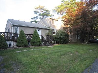 Single Family Home For Sale: 10 Blythelea Road