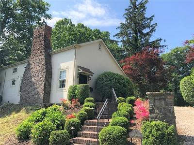 Westchester County Single Family Home For Sale: 9 The Serpentine