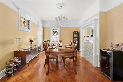 Brooklyn Single Family Home For Sale: 564 East 32nd Street