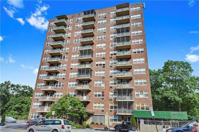 Yonkers Co-Operative For Sale: 385 McLean Avenue #2B