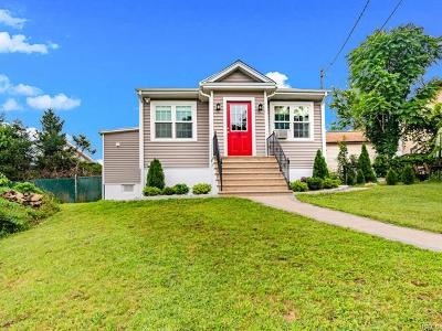 Eastchester Single Family Home For Sale: 6 Richardson Place