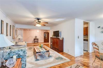 Yonkers Co-Operative For Sale: 76 Dehaven Drive #1C