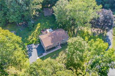 Rockland County Single Family Home For Sale: 3 Overbrook Drive