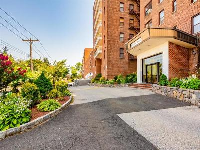Yonkers Co-Operative For Sale: 650 Warburton Avenue #4H