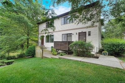 Rockland County Condo/Townhouse For Sale: 470 Country Club Lane
