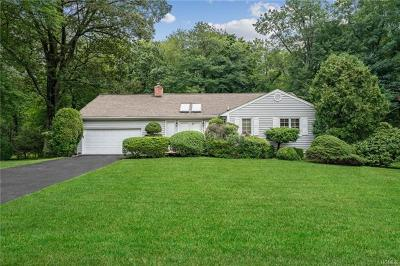 Hartsdale Single Family Home For Sale: 56 Birchwood Lane