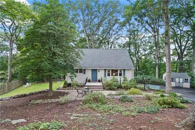 Westchester County Single Family Home For Sale: 146 Arnold Place