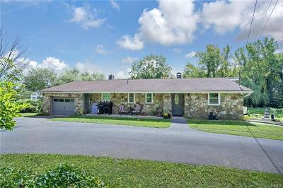 Milton Single Family Home For Sale: 107 Mulberry Lane