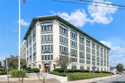Westchester County Condo/Townhouse For Sale: 1 Landmark Square #610
