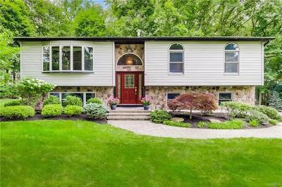 Rockland County Single Family Home For Sale: 8 Bell Court