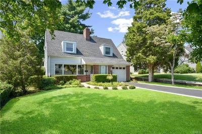 Eastchester Single Family Home For Sale: 7 Douglas Place