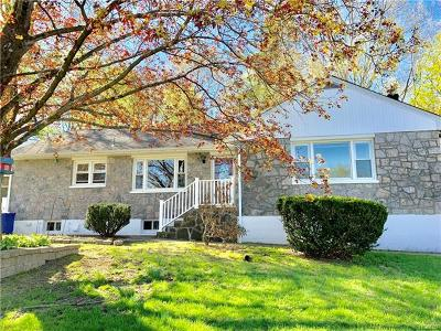 Cortlandt Manor NY Single Family Home For Sale: $389,000