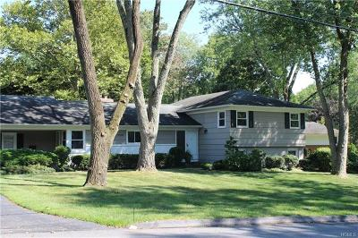 Westchester County Single Family Home For Sale: 6 Dorchester Drive