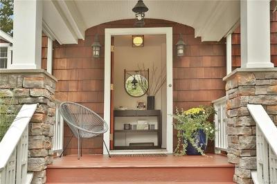 Pleasantville Single Family Home For Sale: 17 Woodbrook Road